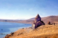 Foto van Sevanavank Monastery, a typical Armenian-Apostolic church from around 900 AD on peninsula overlooking Lake Sevan - Armenia