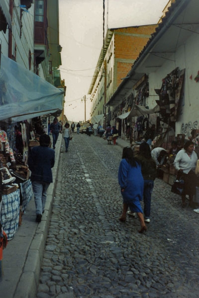 Send picture of A street in La Paz  from Bolivia as a free postcard