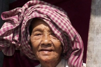 Foto de Elderly Cambodian woman - Cambodia