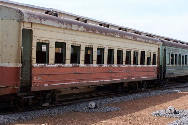 Send picture of Local train (Phnom Penh) from Cambodia as a free postcard