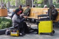Foto van Shoe shiner in Santiago de Chile - Chile