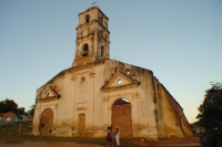 Foto di Church in a Cuban village - Cuba