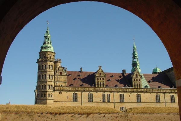 Send picture of Shakespeare's Hamlet lived on Kronborg Castle, Northern Sealand from Denmark as a free postcard