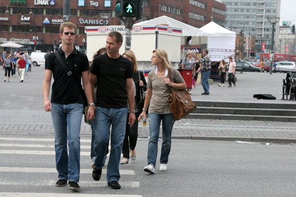 Send picture of People crossing the street in central Copenhagen from Denmark as a free postcard