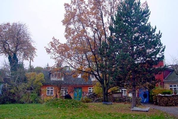 Stuur foto van House in Christiania in Copenhagen van Denemarken als een gratis kaart