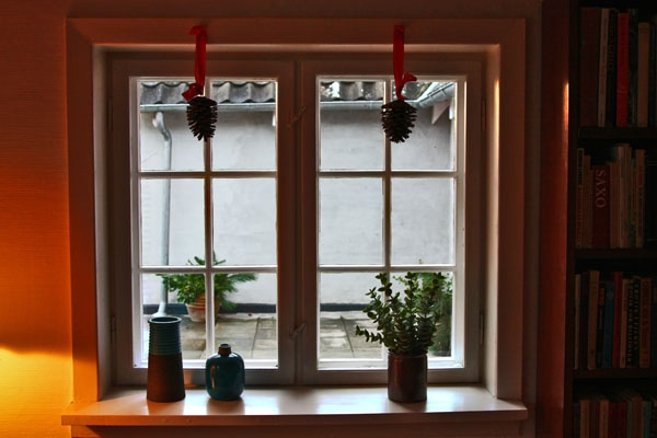 Send picture of A window in Ørslev decorated for Christmas from Denmark as a free postcard