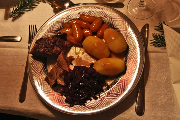 Send picture of Duck roast, potatoes, red cabbage and gravy - traditional Danish Christmas dish from Denmark as a free postcard