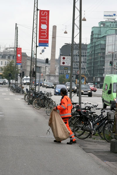 Send picture of Trash collector in Copenhagen from Denmark as a free postcard