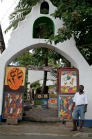 Photo de Gallery owner in Las Terrenas - Dominican Republic