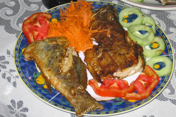 Send picture of Puerto Lopez, Manabi: Fresh seafish from Ecuador as a free postcard