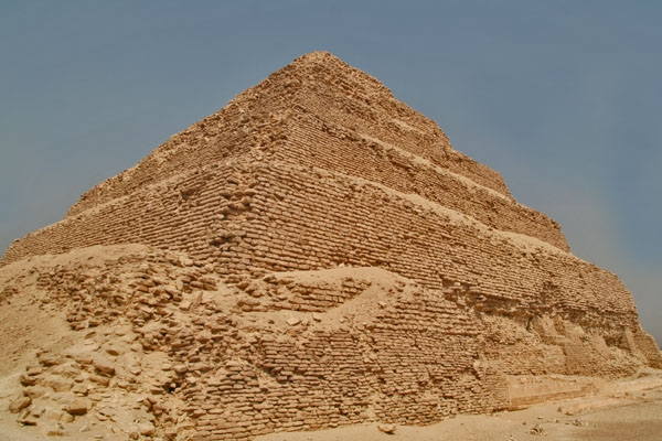 Send picture of Djoser's pyramid at Saqqara from Egypt as a free postcard