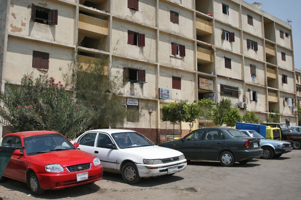  Apartment building in Cairo