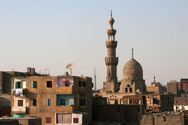 Spedire foto di Houses and minarets in Cairo di Egitto come cartolina postale elettronica
