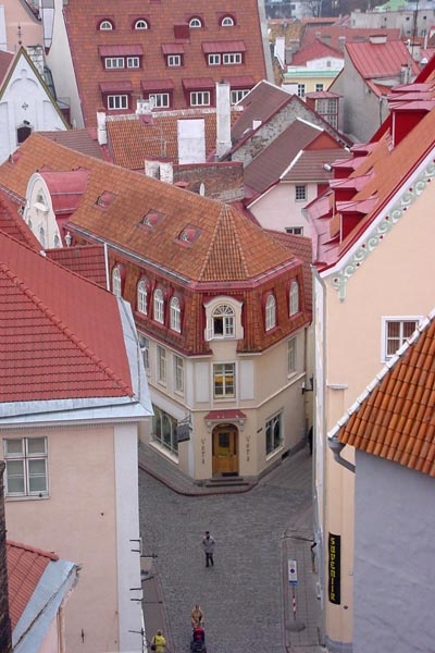 Send picture of Houses in Tallinn from Estonia as a free postcard