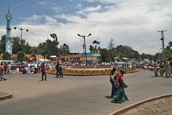 Stuur foto van Roundabout in Addis Abeba van Ethiopië als een gratis kaart