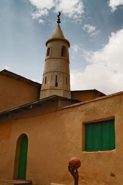 Stuur foto van The Muslim town of Harar has about a hundred mosques van Ethiopië als een gratis kaart
