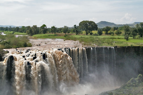 Send picture of The Blue Nile falls from Ethiopia as a free postcard