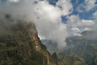 Foto van Clouds ascending from below, covering the landscape of the Simiens - Ethiopia