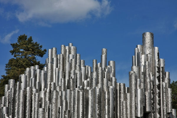 Send picture of Sibelius Monument, Helsinki from Finland as a free postcard
