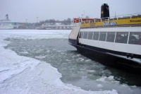Foto van Local ferry boat in the harbour of Helsinki - Finland
