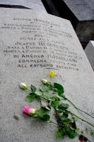 Photo de The grave of Amedeo Clemente Modigliani at Pere Lachaise cemetery - France