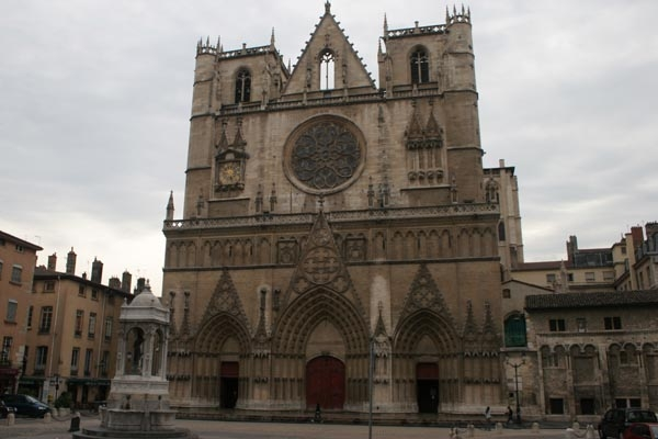 Send picture of Cathedral of Saint Jean in the St. Jean district of Lyon from France as a free postcard