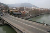 Photo de Bridge over Mtkvari river - Georgia