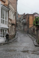 Foto van Rainy street scene in Tblisi - Georgia