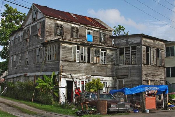 Send picture of House in Georgetown from Guyana as a free postcard