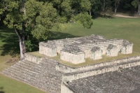 Foto van Structure 9 and part of the Great Plaza and Ball Court in Copán - Honduras
