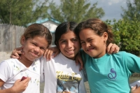 Picture of Girls from Pigeon Key - Honduras