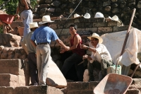 Foto van Bricklayers on a break - Honduras