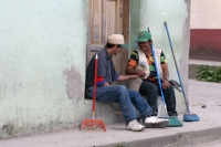 Foto di Street sweepers relaxing - Honduras