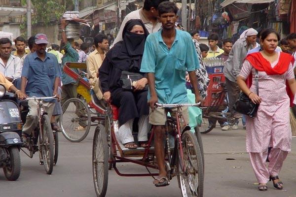 Stuur foto van Traffic in Delhi van India als een gratis kaart
