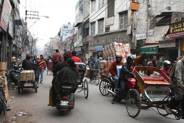 Stuur foto van Traffic and people in Delhi van India als een gratis kaart