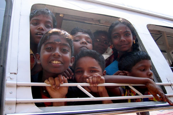 Send picture of Children at Fort Cochin from India as a free postcard