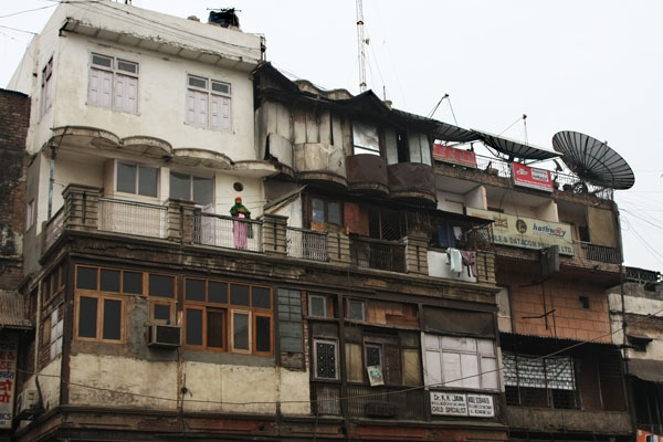 Send picture of Residential building in Delhi from India as a free postcard