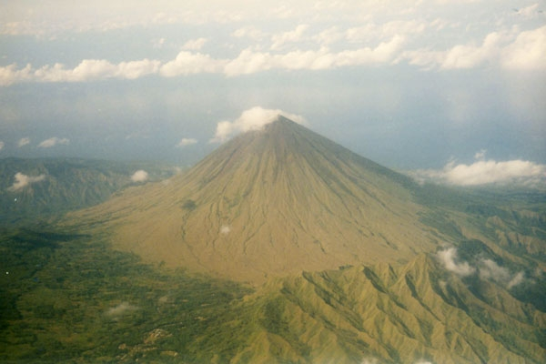Envoyer photo de Volcano on Flores island de Indonsie comme carte postale &eacute;lectronique