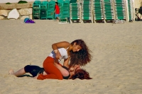 Foto van Young women having fun on the beach in Tel Aviv - Israel