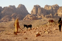 Photo de Women in Petra - Jordan