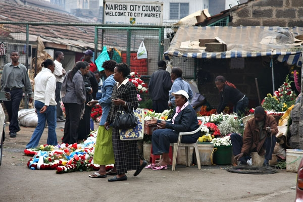 Send picture of Nairobi City Market from Kenya as a free postcard