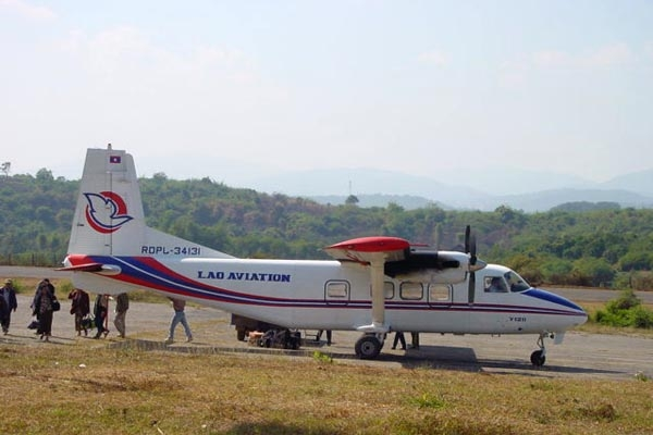 Lao Aviation plane