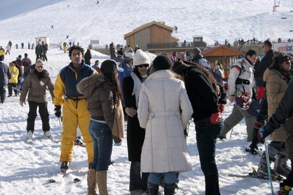 Send picture of Young Lebanese people at Faraya Mzaar ski area from Lebanon as a free postcard