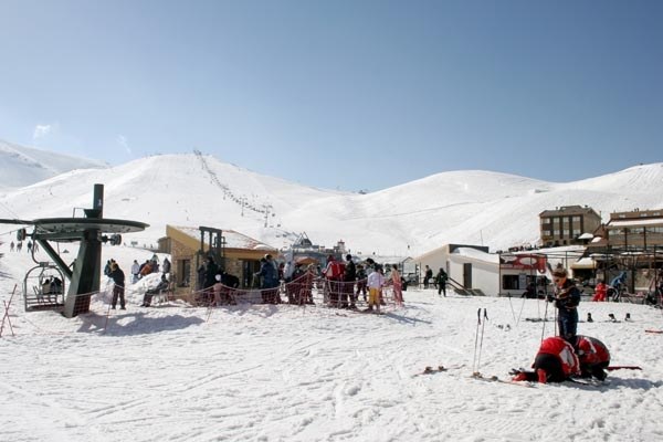 Send picture of Faraya Mzaar ski area from Lebanon as a free postcard
