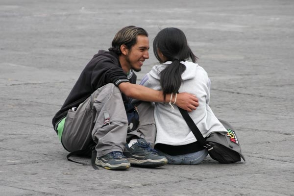 Send picture of Couple sitting on the Zocalo in Mexico City from Mexico as a free postcard