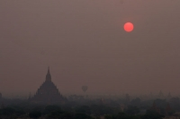 Foto van Bagan in the early morning - Myanmar (Burma)
