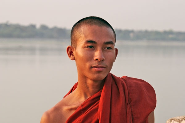 Send picture of Monk in Amarapura from Myanmar (Burma) as a free postcard