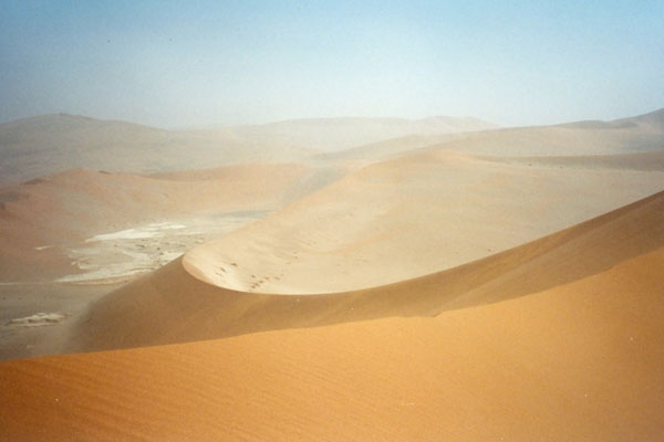 Send picture of Sanddunes in Sesriem from Namibia as a free postcard