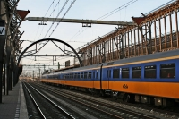 Foto van Train and rails at Utrecht Central Station - Netherlands