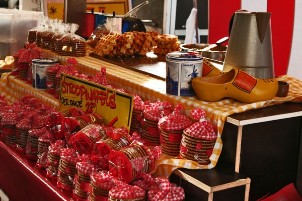 Send picture of Dutch stroopwafels for sale at a market stand in Leiden from Netherlands as a free postcard